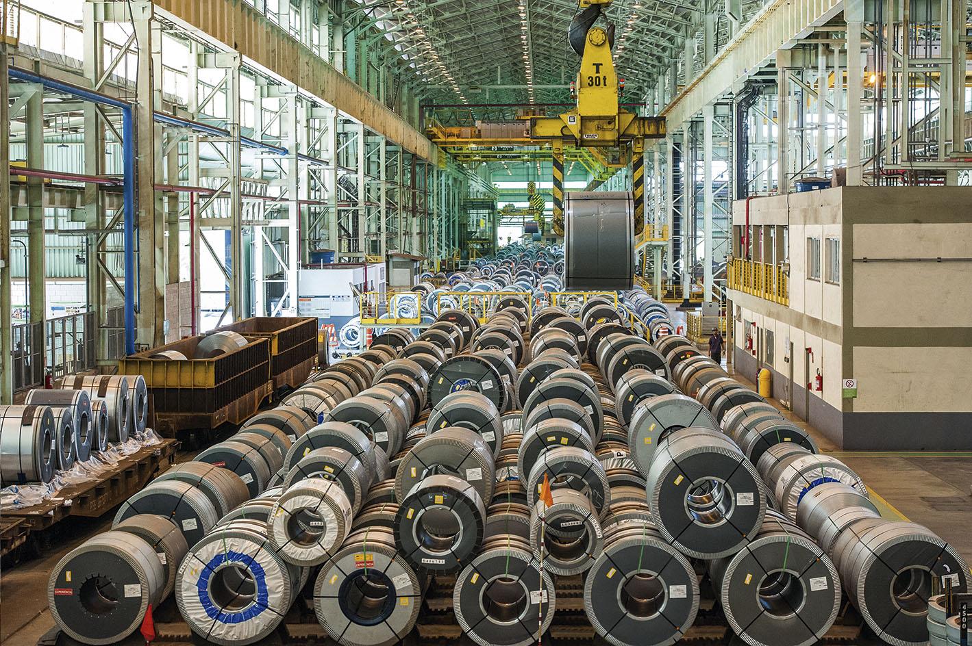 Usiminas registra aumento de produção e vendas de aço nos últimos 45 dias